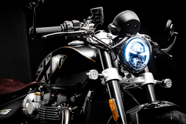 Bobber-TFC-LED-headlight-and-indicators