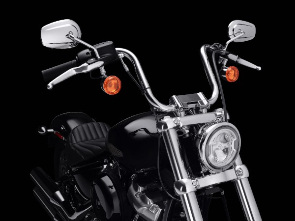 2020HD05_Softail_Standard_5