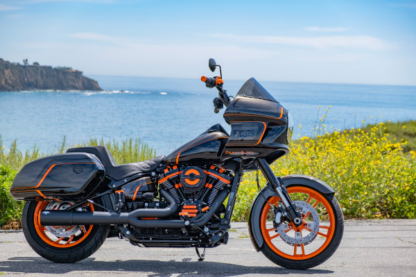 Laidlaw-s_Harley-Davidson_USA__FXGTS_Coast_Glide_-x